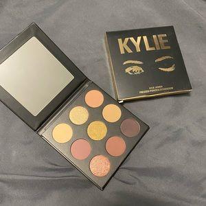 Kylie Cosmetic Sorta Sweet Palette